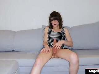 Teen amateur transgirl Rookie Stray shares her solo jerk off