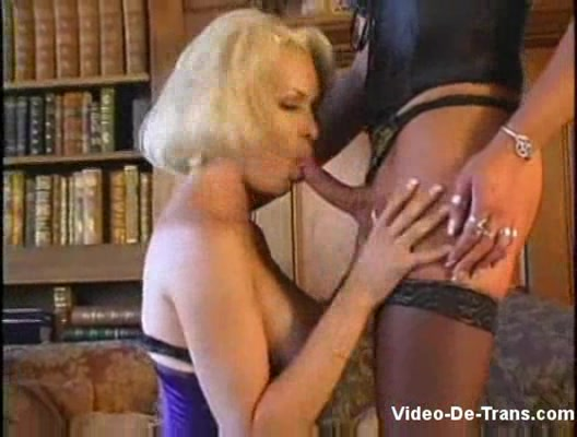 Free streaming big dick shemale lesbian