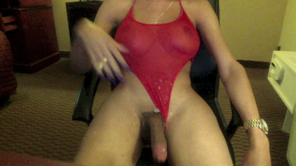 Tub Shemales Cumming 67