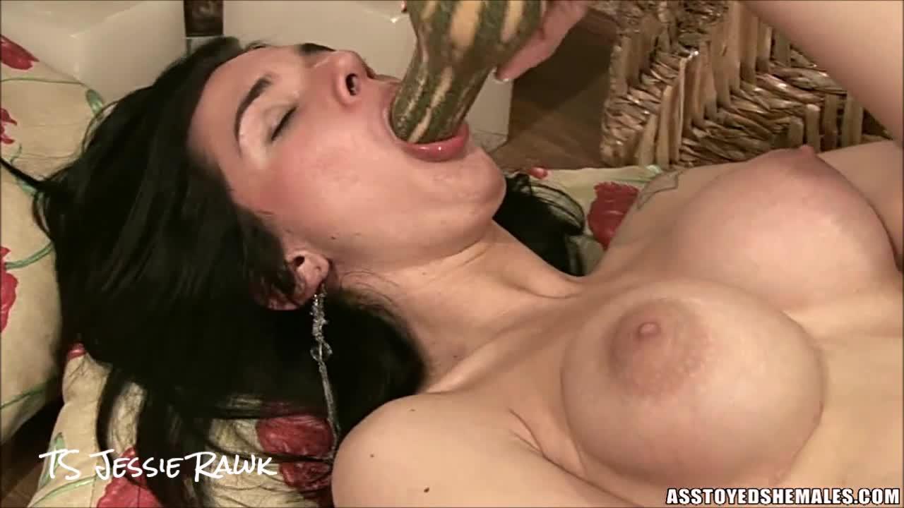 Порно видео транссексуал бьянка, красотка отлично ебется