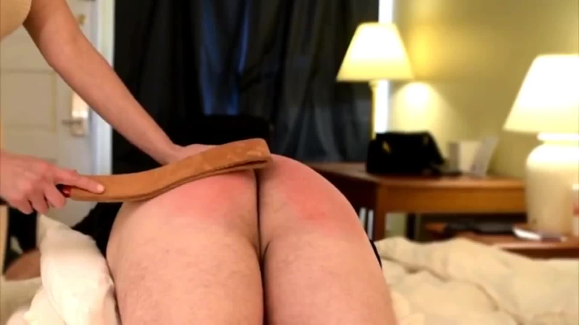 Shemale spanks